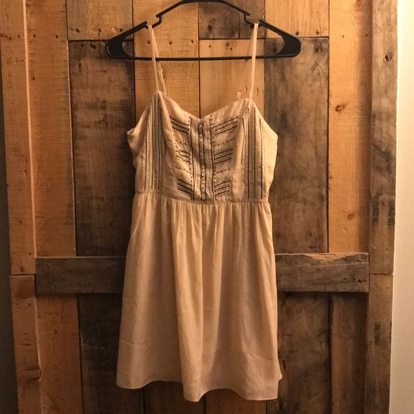 American Eagle Outfitters Dresses & Skirts - American Eagle blush beaded dress